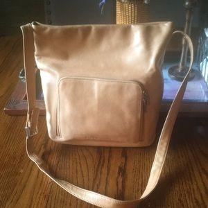 Stone Mountain large leather bag nwot
